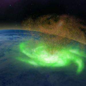 """Откриха за първи път """"космически ураган"""" над Северния полюс"""
