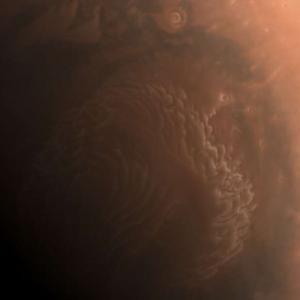 """""""Тянвън-1"""" изпрати първите невероятни снимки с висока резолюция на Марс"""