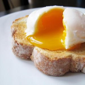 Най-полезната и най-вредна закуска, която да приготвим с яйца