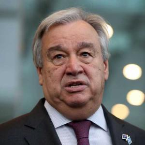 """ООН: Да върнем децата в училище, светът е изправен пред """"поколенческа катастрофа"""""""