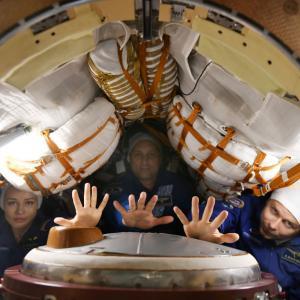 Снимките на първия игрален филм в Космоса приключиха