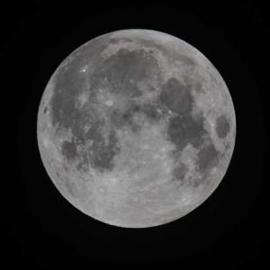 Китай стартира първа мисия до Луната от десетилетия