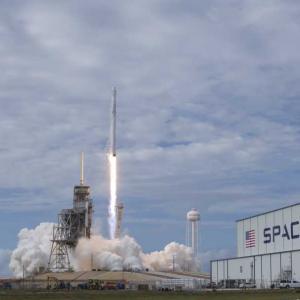 Хейли Аркеноу ще се превърне в най-младия американски гражданин, излизал в Космоса