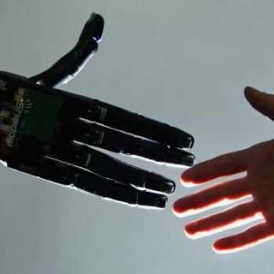 Хуманоиден робот бе назначен на работа в Сибир