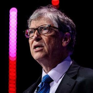 Трите стъпки на Бил Гейтс за справяне с коронавируса