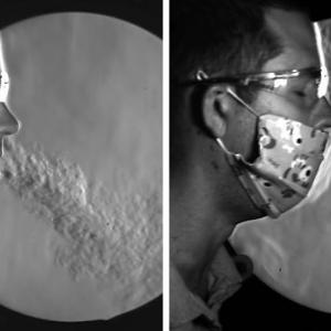 Видео показва как различните маски пречат на разпространението на COVID-19