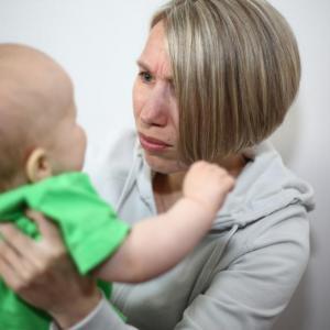 Без подкрепа от таткото майката става зла към детето