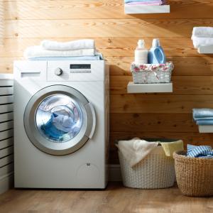 5 трика за по-бързо сушене на дрехи в сушилнята