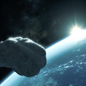 Този уикенд астероид с големината на небостъргач ще прелети край Земята с 18 000 км/ч