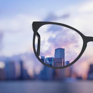 Автофокусиращите диоптрични очила на бъдещето