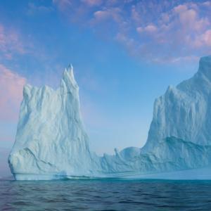 Топенето на ледения щит на Гренландия и колебанията на океанското ниво през този век