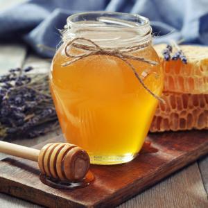 Ето защо медът помага при болно гърло