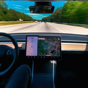 """Съществува сериозен проблем с автопилота на """"Тесла"""", сочи ново проучване"""