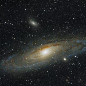 Свръхмасивните черни дупки влияят на Вселената отвъд границите на своите собствени галактики