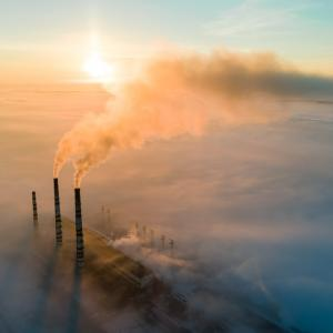 Съставът на атмосферата, понятието радиационен натиск и най–важните парникови газове