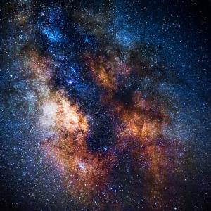 Как една супермасивна черна дупка може да убие своята галактика