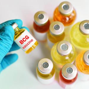 6 пъти по ниска е смъртността от COVID-19 в държавите с масова ваксинация против туберкулоза с БЦЖ
