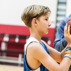 Редовнитефизически упражненияповишават успеха на младежите в училище