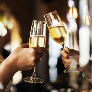 Двойките, които пият еднакво количество алкохол, са по-малко застрашени от развод