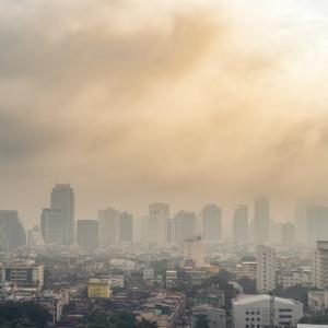 Парфюмите и шампоаните замърсяват атмосферата повече от колите