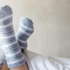 За и против спането с чорапи