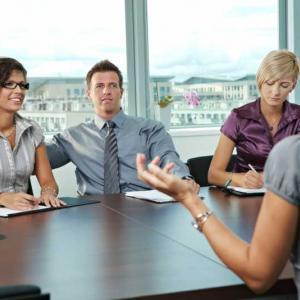 8 въпроса, които трябва да зададете, когато кандидатствате за работа