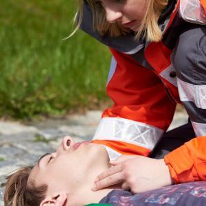 9 опасни грешки, които хората допускат, когато оказват първа помощ