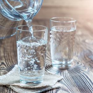 Негазираната и газираната вода нямат заместител за пълноценната хидратация