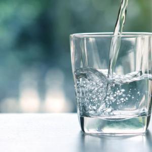 Правилната хидратацията е жизненоважен елемент за подкрепа на имунитета