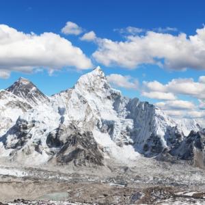 За първи път от 30 години насам Хималаите се виждат. Индия диша