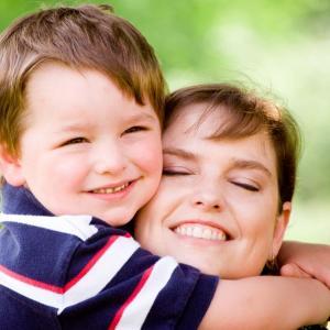 Защо е важно да се извиним на детето, когато сгрешим?