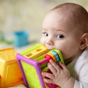Мащабно изследване на пластмасовите играчки открива над 100 субстанции, които могат да навредят на децата