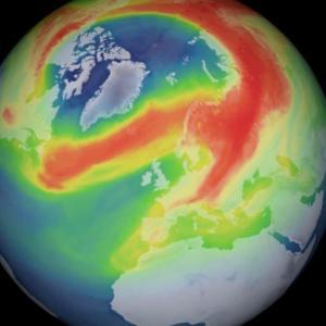 Необичайно голяма дупка се е отворила в озоновия слой над Арктика