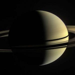 Сатурн е по-лек от водата и още 5 любопитни фактаот близо и далеч