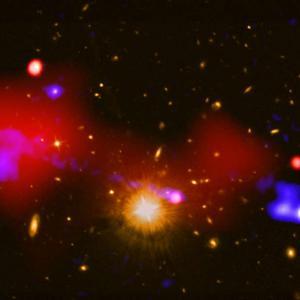 Супермасивна черна дупка е създала нови звезди?