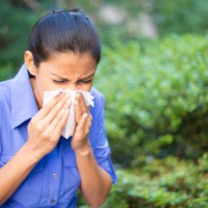 Как да се справим с пролетните алергии