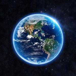 Земята е създадена от две планети, които са се слели в едно