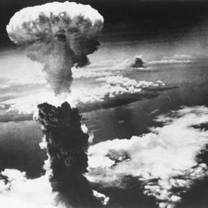 Карта показва всяка ядрена експлозия на Земята