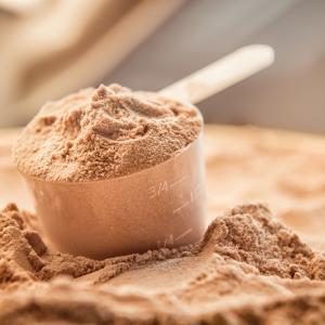 Вреден ли е суроватъчният протеин?