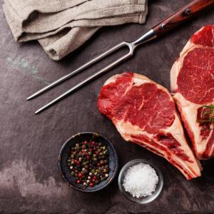 Как отказът от порция червено месо влияе на тялото ни?