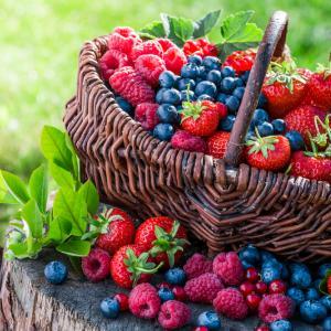 3 вкусни плода, които предпазват мозъка от стареене