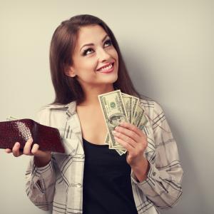 Науката обяснява: Могат ли парите да купят щастие?
