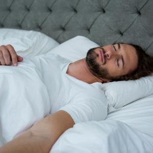 Здравият сън намалява опасността от рак на простатата