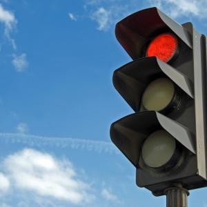 10 декември 1868 г. – Заработва първият в света уличен светофар