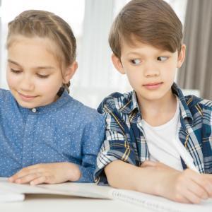 Учените: децата, които имат самочувствието на умни, са по-склонни да мамят на изпити