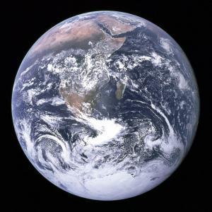 7 декември 1972 г.: Аполо 17 заснема